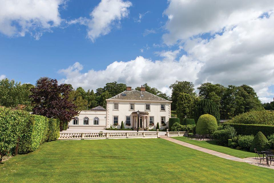 roundthorn country house weddings